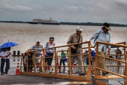 Governo do Amazonas oferece curso de inglês para profissionais do turismo parintinense