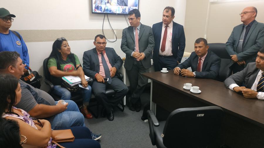 Câmara monta comissão pra discutir Estatuto dos Servidores Municipais de Parintins