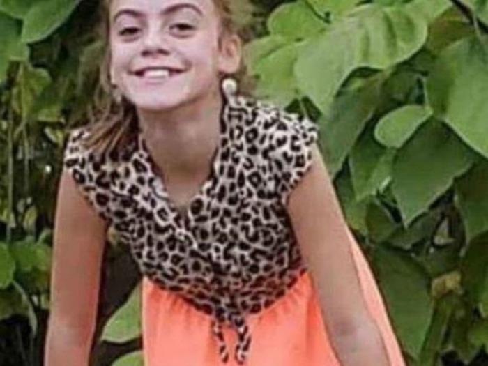 Menina contrai ameba comedora de cérebro após nadar em rio e morre