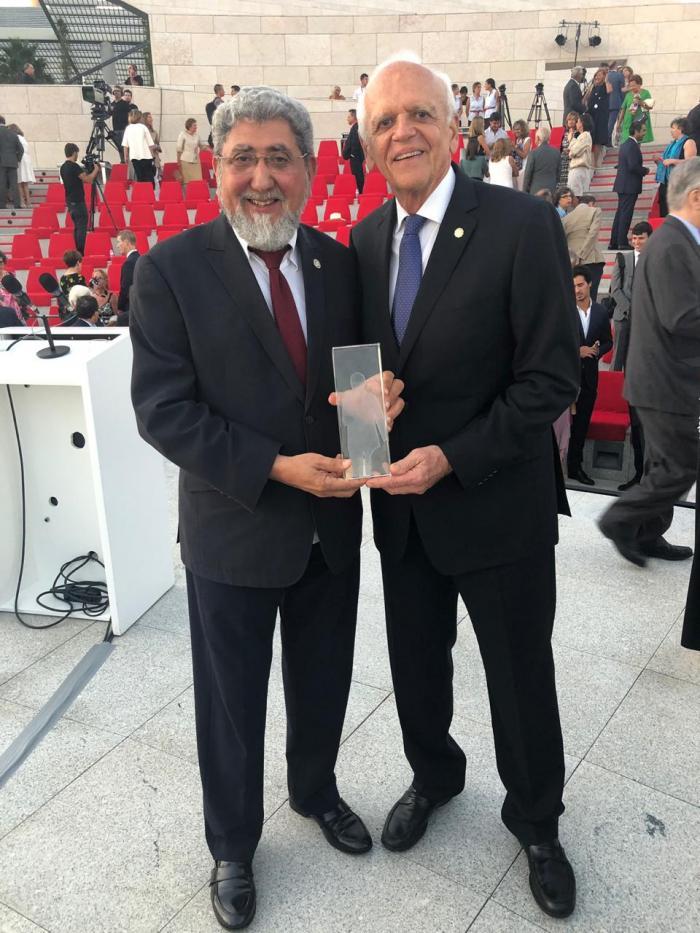 Ufam conquista principal prêmio mundial em Oftalmologia