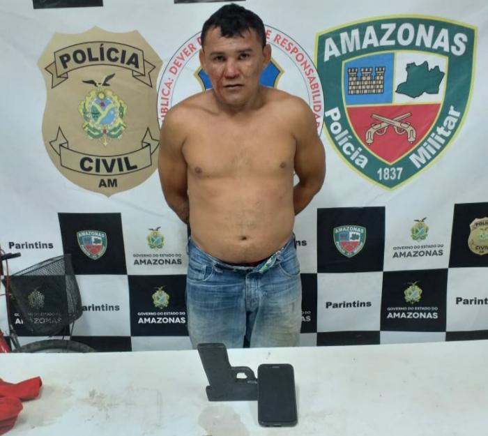 PM detém suspeito de roubo com simulacro de arma de fogo e recupera celular no centro de Parintins