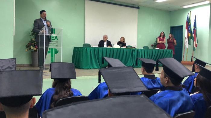 Bi Garcia anuncia instalação da Bemol, Santander e Sapatinho de Luxo em Parintins