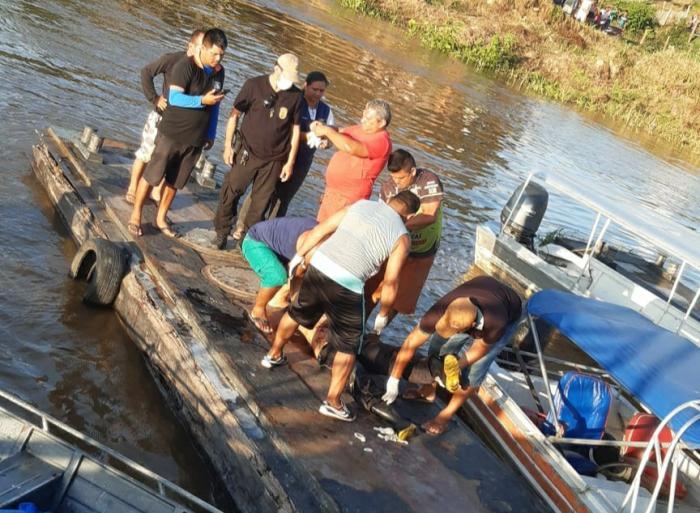 Dupla é morta a tiros em bote perto de Boa Vista do Ramos/Am