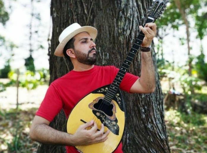 Compositor de Parintins concorre na final do 1º Festival Amazonas Online