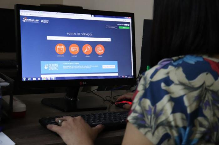 Detran-AM abre agendamento eletrônico para atendimento em 12 municípios