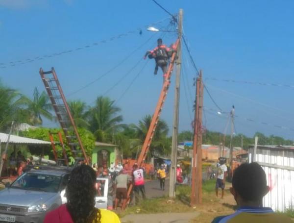 Funcionário da Amazonas Energia sofre descarga elétrica, em Parintins