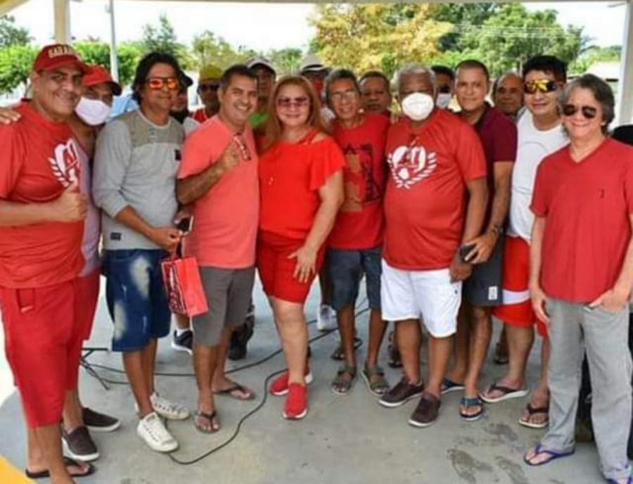 Antônio Andrade participa de festa em comemoração a vitória para presidência do Garantido