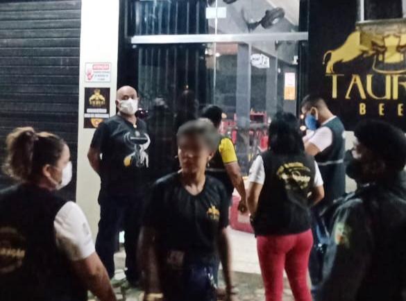 PANDEMIA: Boteco é notificado em Parintins logo após inaugurado