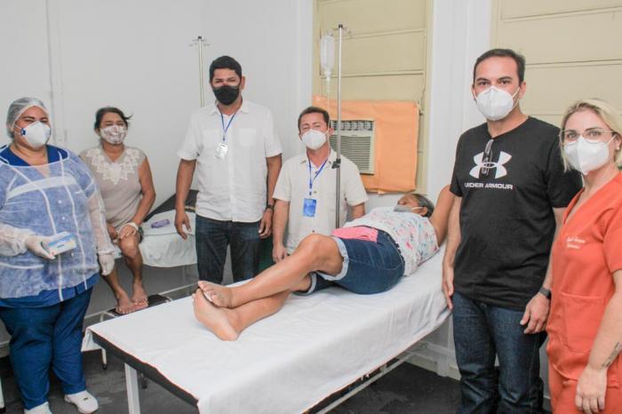 Bumbódromo de Parintins ganha sala de soroterapia para combate a pandemia
