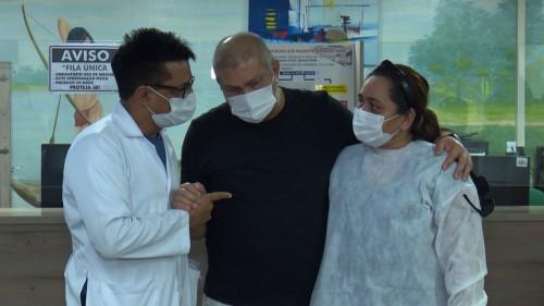 Jornalista recebe transplante de medula óssea do próprio irmão