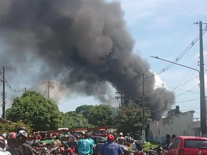 Usina Termoelétrica da Amazonas Energia em Parintins pega fogo
