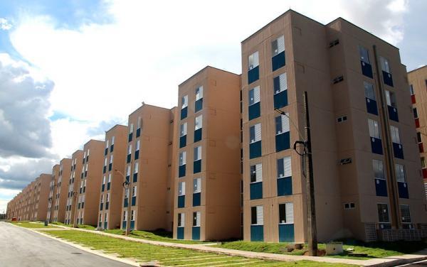 Prefeitura de Manaus não está realizando cadastro para habitação e alerta para casos de estelionato
