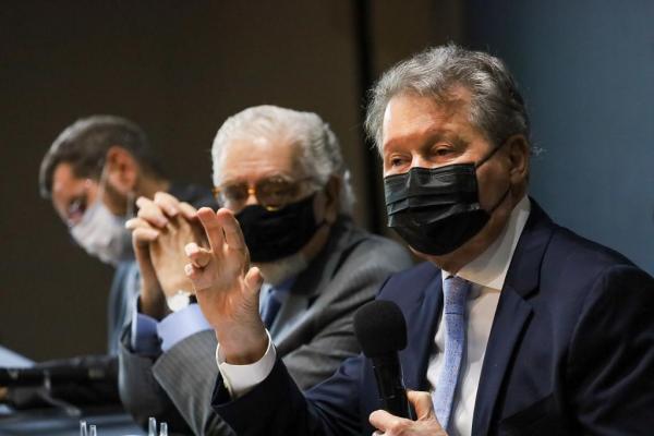 Amazônia é tema de palestra de Arthur Virgílio em reunião no Governo de São Paulo