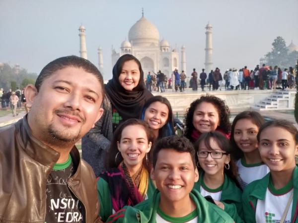 Estudantes premiados do IFAM na Índia